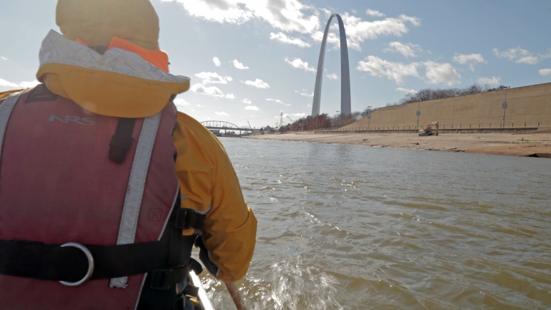 Day 1 03 Paddling the Arch